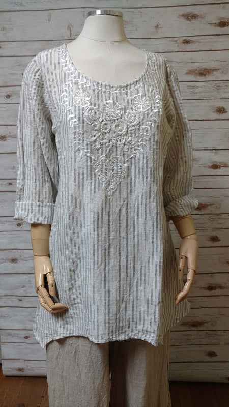 Kayla Tunic in Linen, HD-010 LT