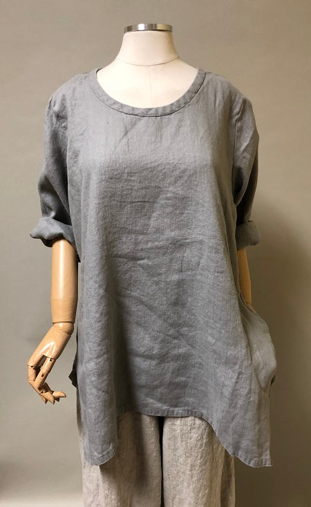 Side Pocket Simple Top in Linen, USA
