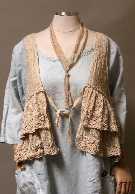Ruffle Vest India Lace Tea Stain, USA
