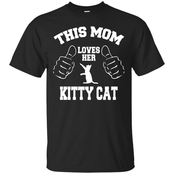 This Mom Loves Her Kitty Cat T-Shirt