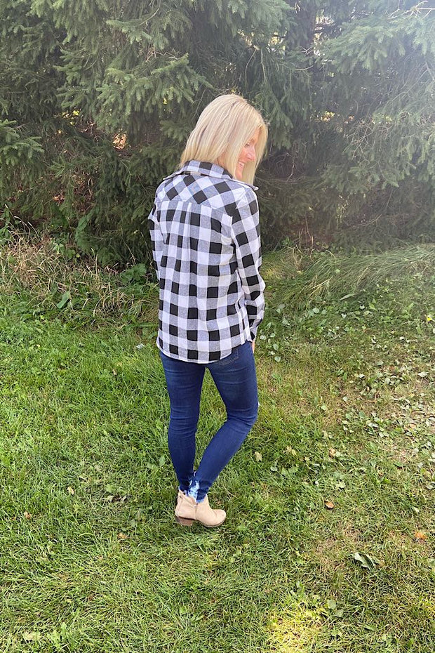Open Road Breeze Plaid Shirts- Ivory/Black