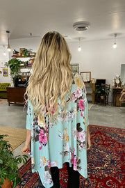 Floral Love Poncho Top-Mint