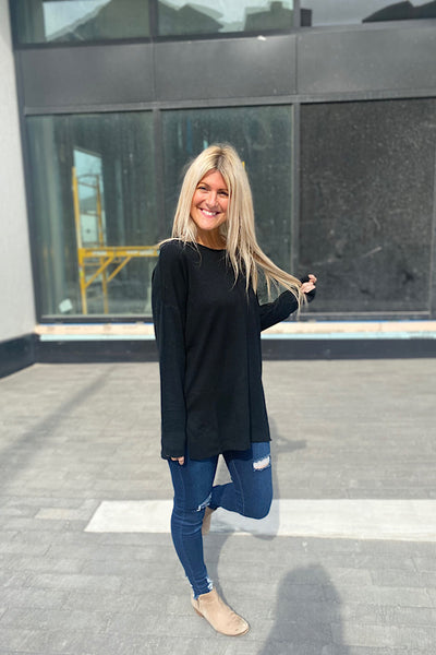 Black Soft Round Neck Lizzy Sweater