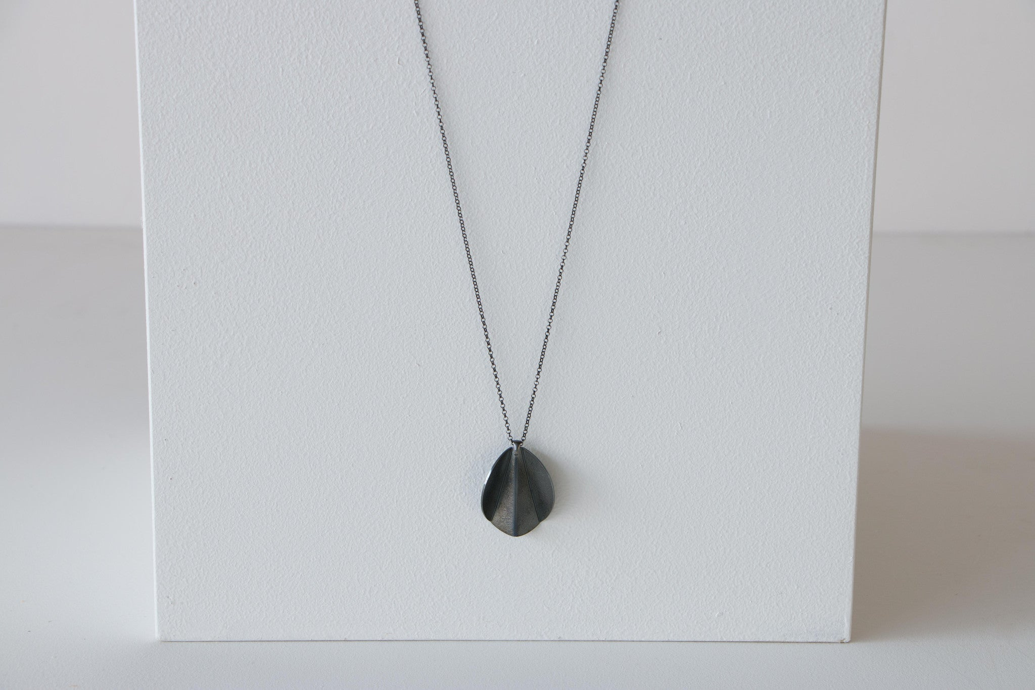 Folded form Pendant