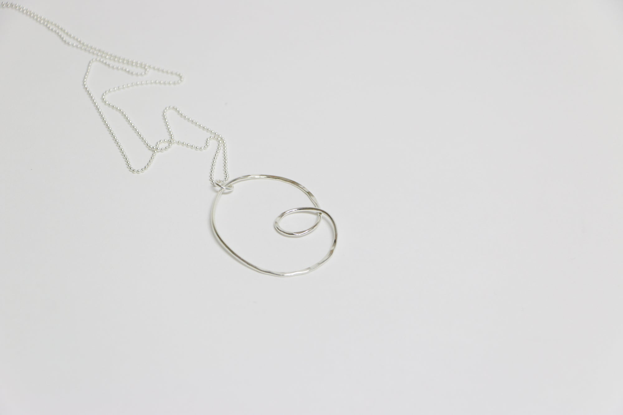Loop Pendant Necklace