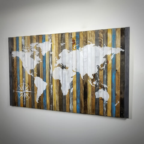 "Compass on Wood | 18"" x 18"""