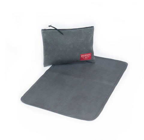 """Diaper Days"" Field Kit Pouch +Pad (Charcoal)"