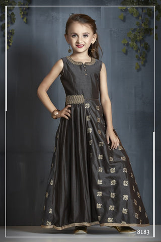 GIRLS GOWN 094