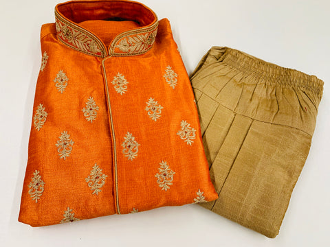 ORANGE MEN'S KURTA PYJAMA