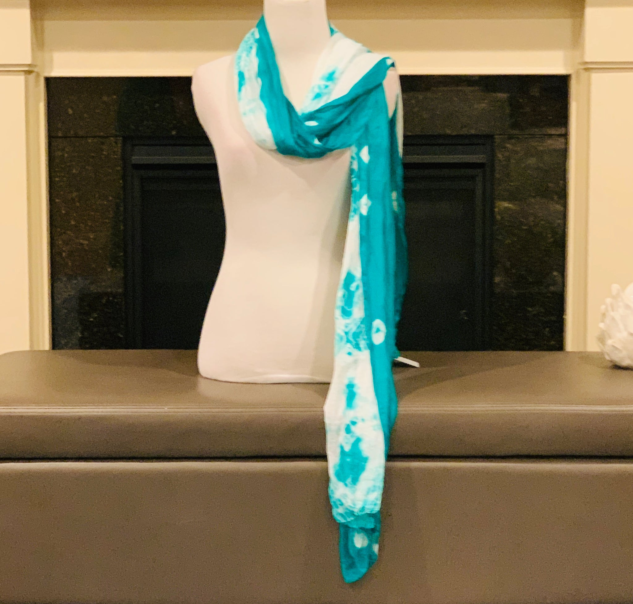 Green and White Tie and Dye Dupatta/Scarf - Sakkhi Style