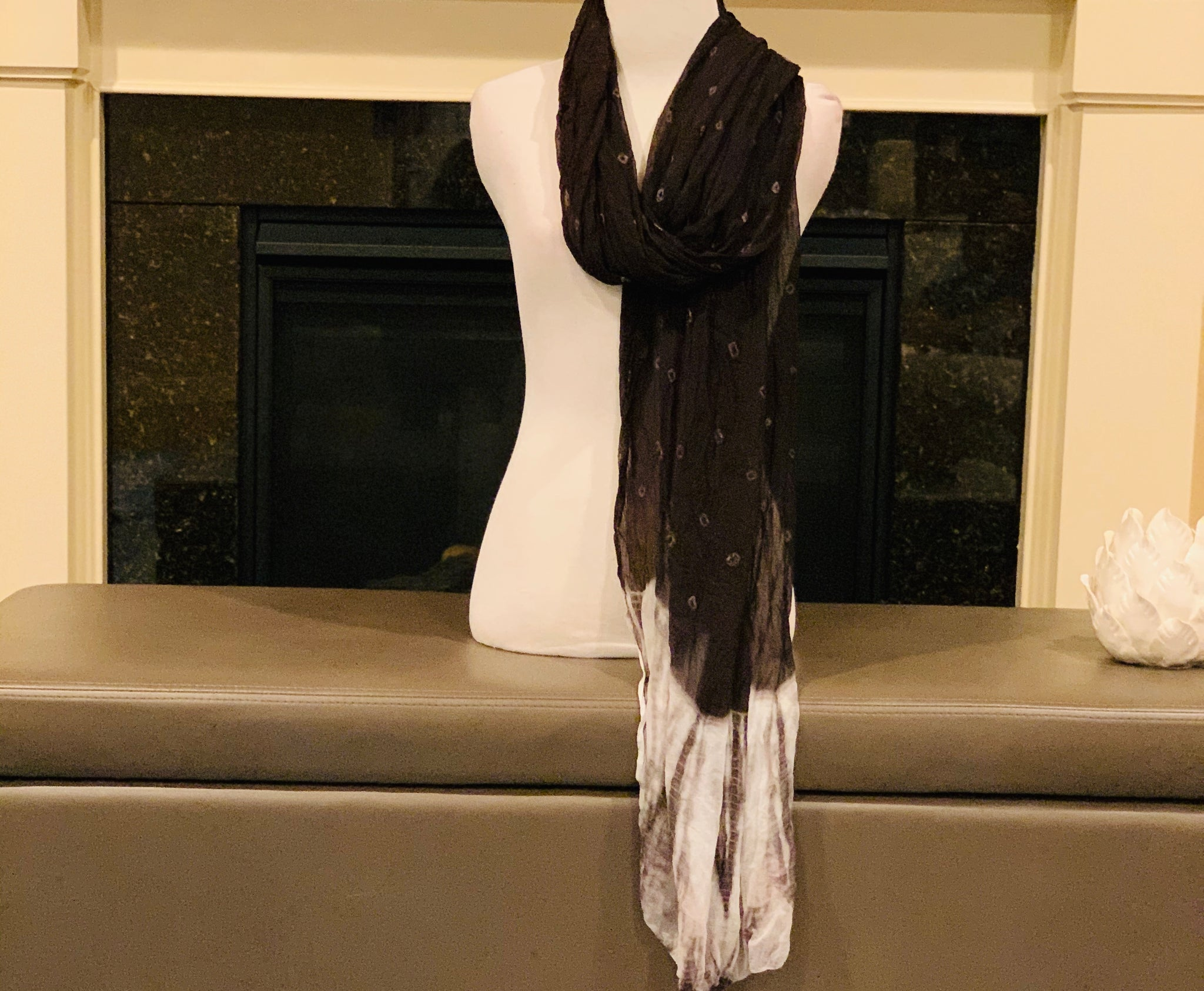 Black and White Tie and Dye Dupatta/Scarf
