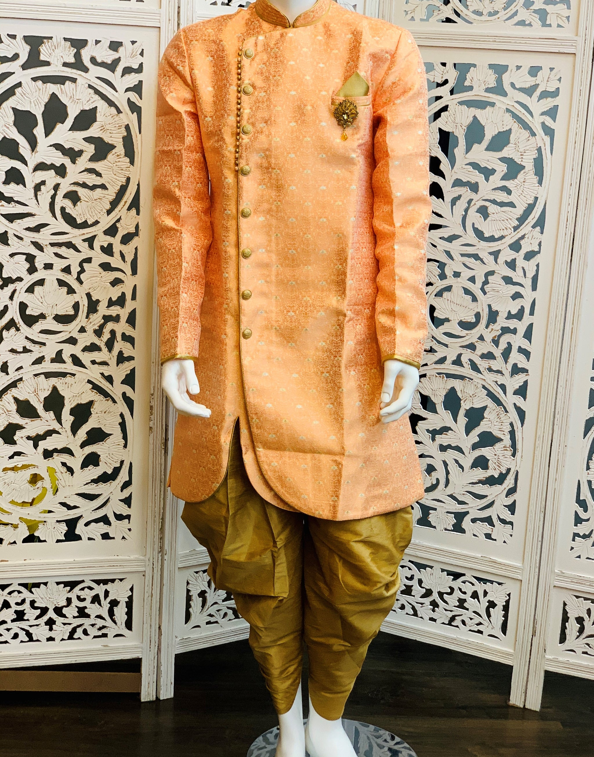 Peach and Gold Kurta Pyjama - Sakkhi Style