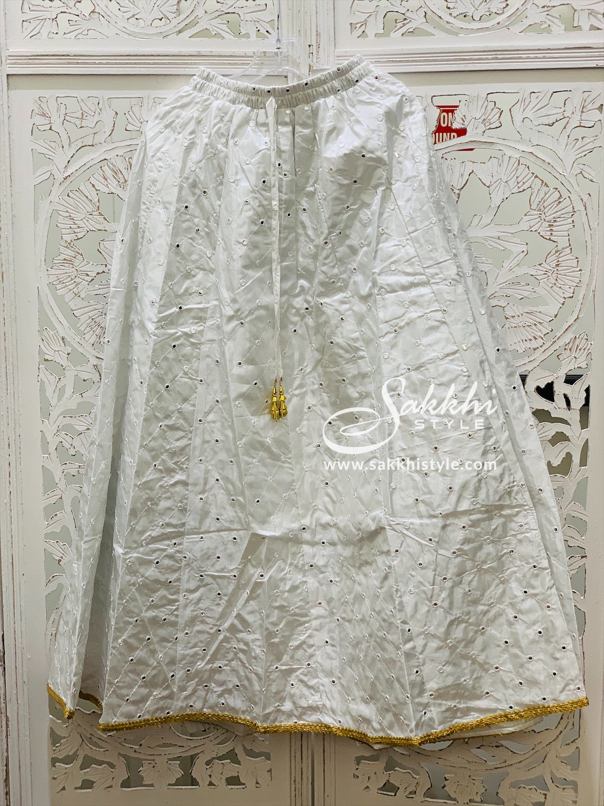 White Embroidered Skirt - Sakkhi Style