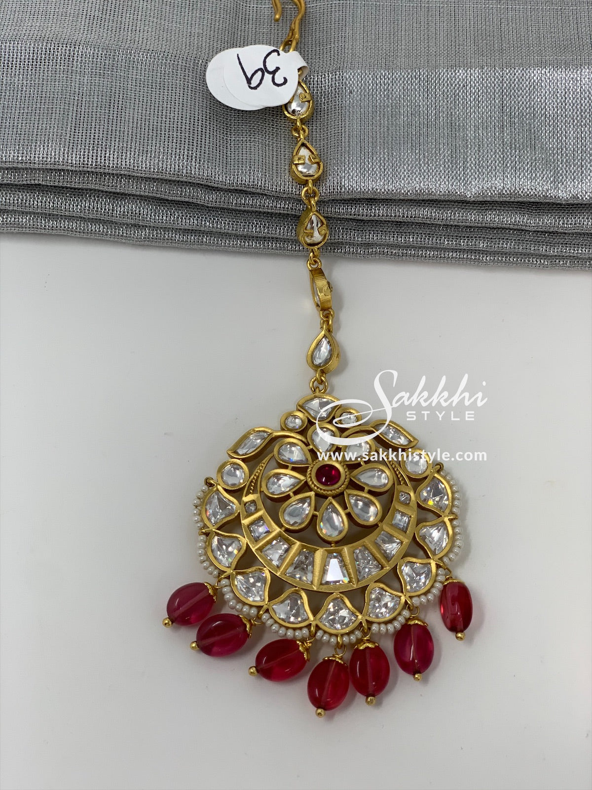 Kundan Maang Tikka with Pink Beads