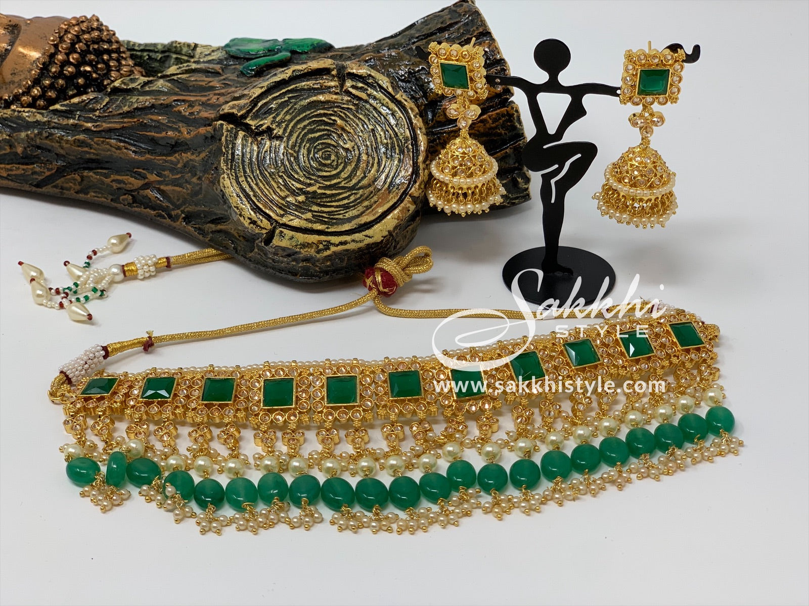 Semi Emeralds and Kundan Necklace Set