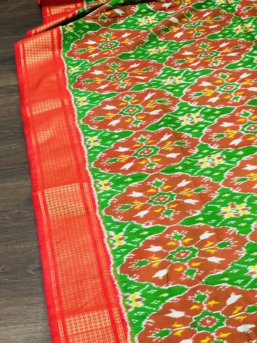 Green and Pink Ikkat Pochampally Silk Saree - Sakkhi Style