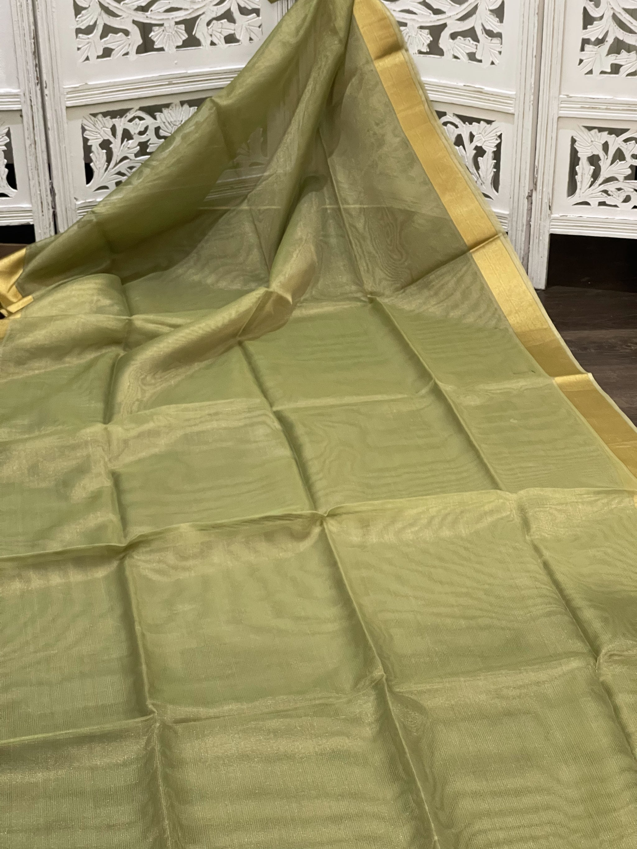 Pastel Green and Gold Linen Tissue Saree - Sakkhi Style