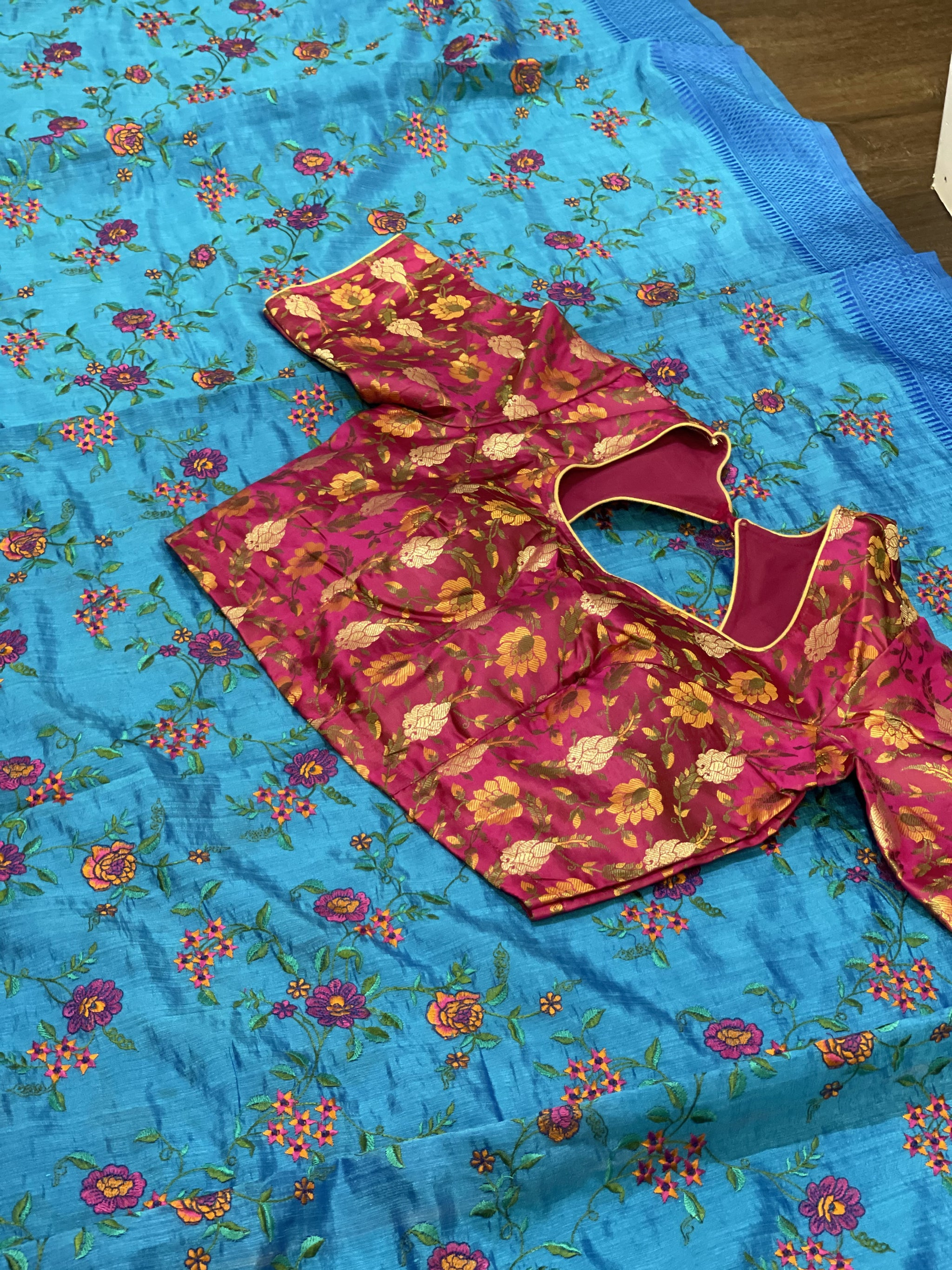 Blue and Pink Crepe Linen Silk Saree