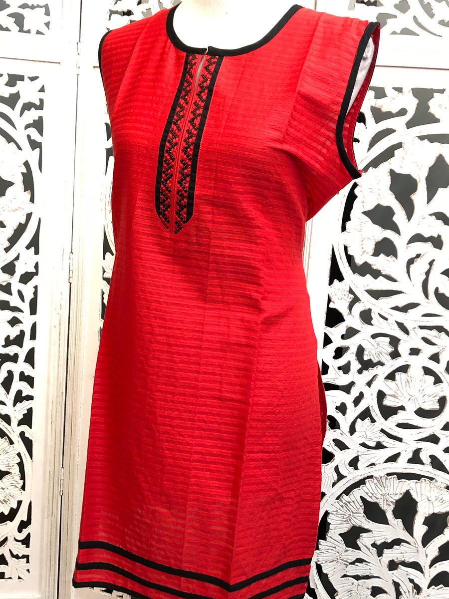 Red and Black Kurti