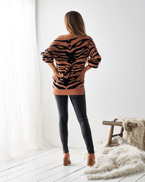 LIKE A TIGER SWEATER - CARAMEL