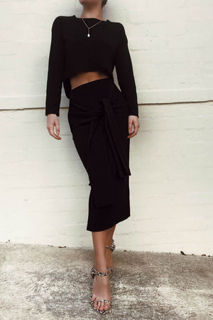 LULU CROP SWEATER - BLACK