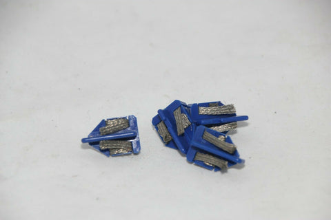 SCALEXTRIC ACCESSORIES - C8145 - BLUE SHORT STEM GUIDE BLADES WITH BRAIDS - X4