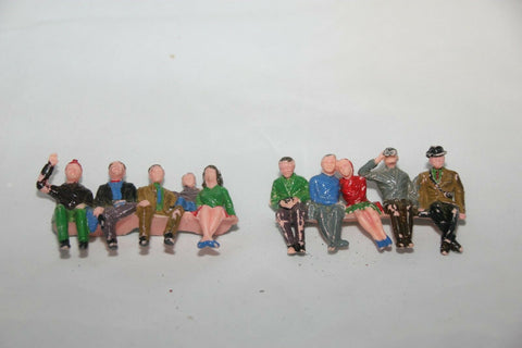 SCALEXTRIC TRACKSIDE PROPS - F306 - PAINTED SPECTATORS x 10