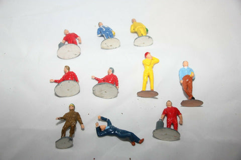 SCALEXTRIC TRACKSIDE PROPS - F304 - VINTAGE PIT CREW FIGURES