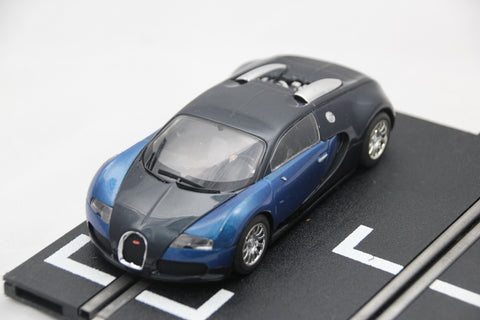 SCALEXTRIC DIGITAL CAR - C3199 - BUGATTI VEYRON - ROAD CAR - BLUE / BLACK - LIGHTS