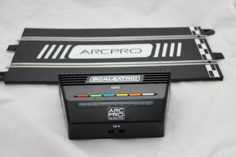 SCALEXTRIC ARC PRO / DIGITAL - C8435 - 6 CAR POWERBASE