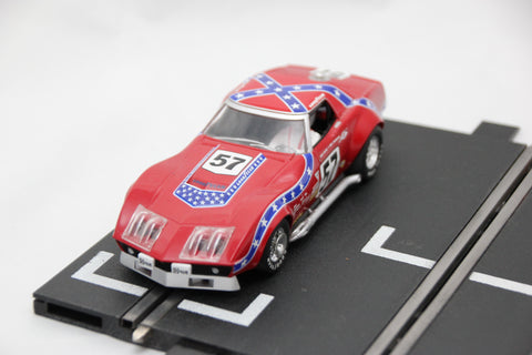SCALEXTRIC SPORT CAR - C2502 - CHEVROLET CORVETTE - L88 - 1972 - RED #57
