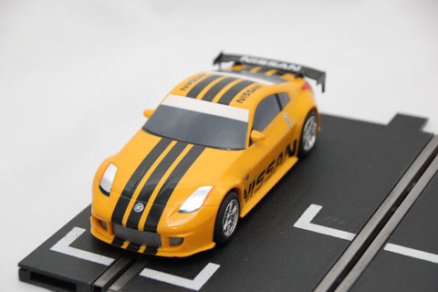 SCALEXTRIC DIGITAL CAR - C2713 - NISSAN 350Z - YELLOW