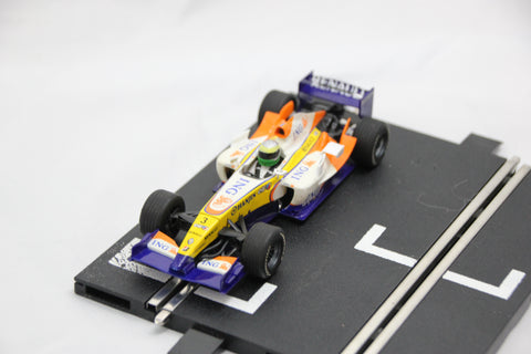 SCALEXTRIC DIGITAL CAR - C2780 - REANULT F1 - YELLOW / WHITE - FISICHELLA - 3