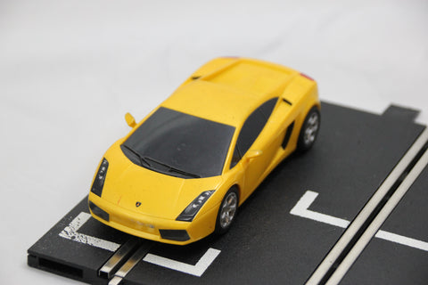 SCALEXTRIC DIGITAL CAR - C2810 - LAMBOGHINI GALLARDO - ROAD CAR - YELLOW