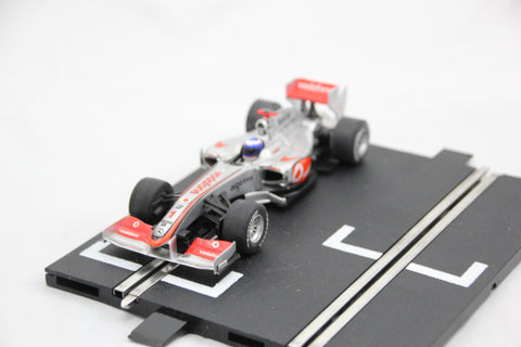 SCALEXTRIC DPR CAR - C3046 - MCLAREN MP4-24 - F1 - BUTTON - #1