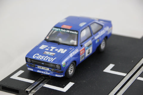 SCALEXTRIC ANALOGUE CAR BY SCX- 63550 - FORD ESCORT RS1800 - RALLY - BLUE - LIGHTS