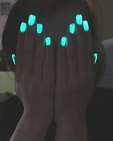 Glow In Dark Nailpolish