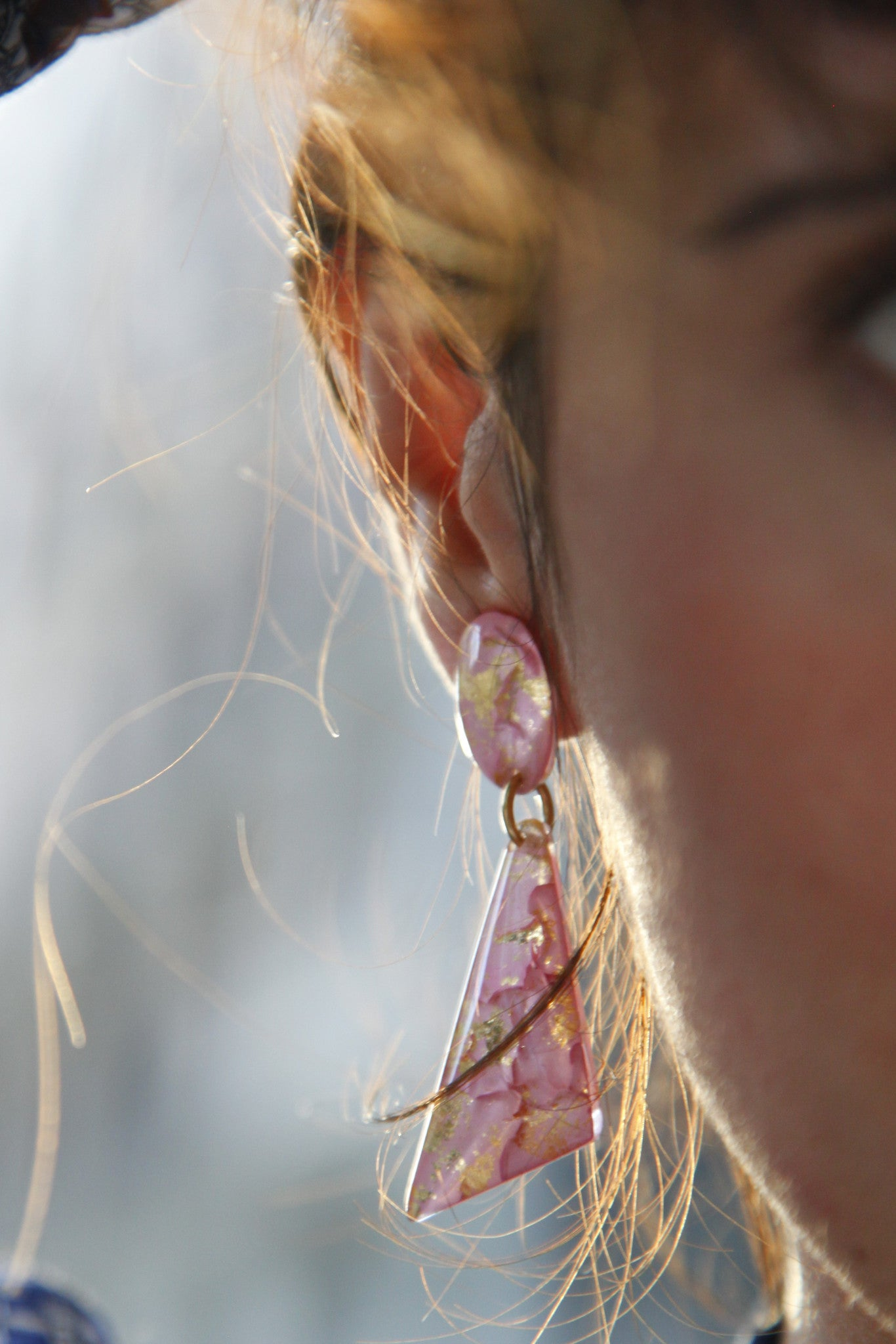 Cara's Dangling Earrings - Rose (petite) / les boucles pendantes de Cara
