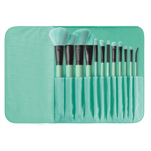 Brush Affair Collection 12 Piece Makeup Brush Set in Minty Green