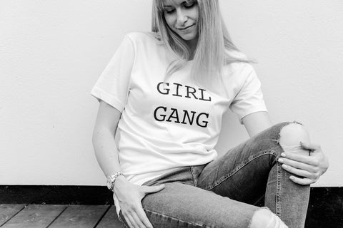Little Hotdog Watson talk about the perfect family tees, the girl gang tees from Essex Mama