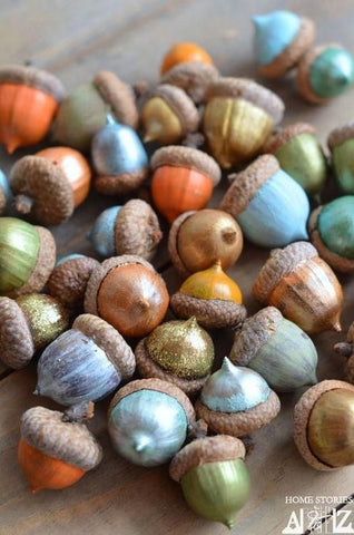 Metallic painted acorns