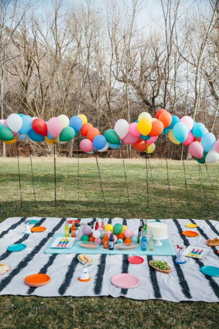 Kids decoration ideas for garden summer parties on Little Hotdog Watson blog