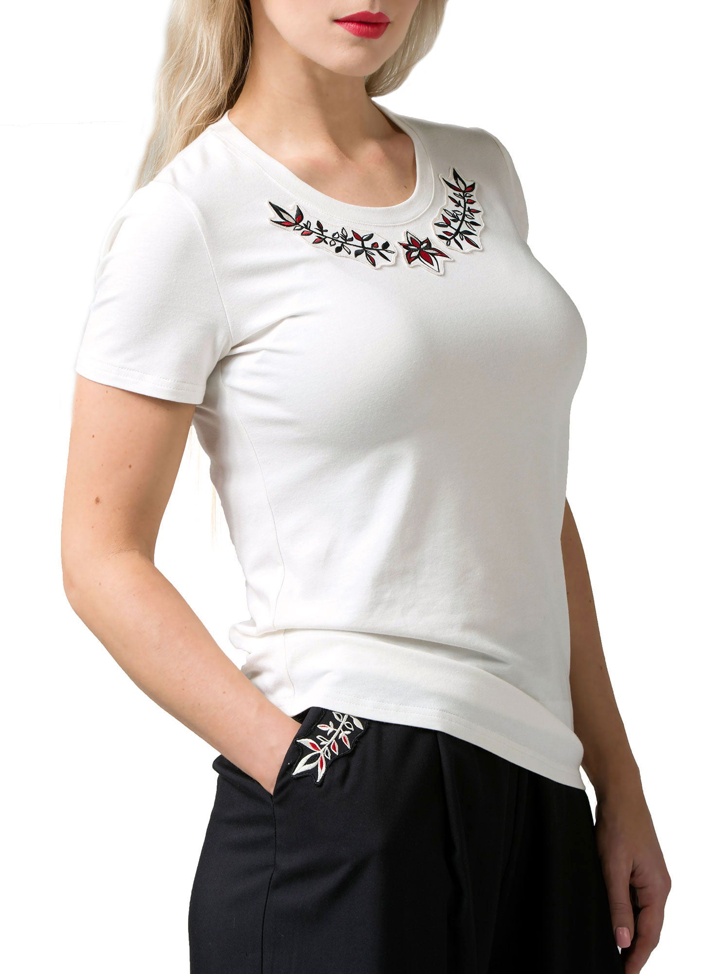 PRIGITTE White Bamboo Embroidered T-shirt