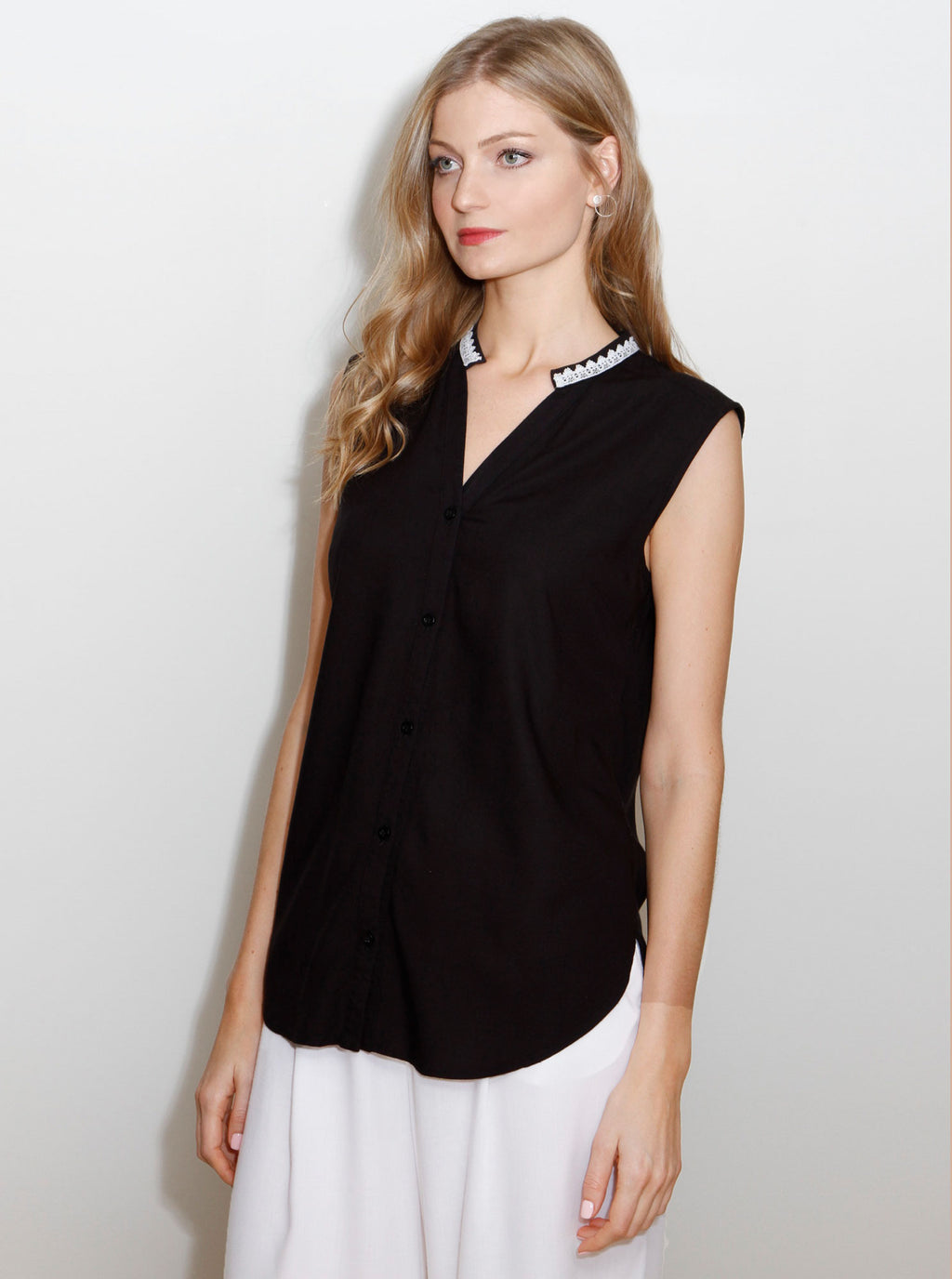 Black Bamboo Sleeveless Blouse KAER