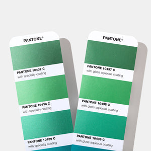 Pantone Metallics Colour Chart Guide (GG1507A) product detail image green metallic chips pages