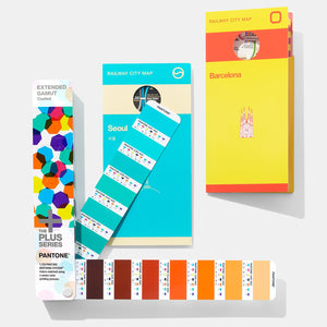 Pantone Plus Extended Gamut Guide GG7000 open fan book product-image