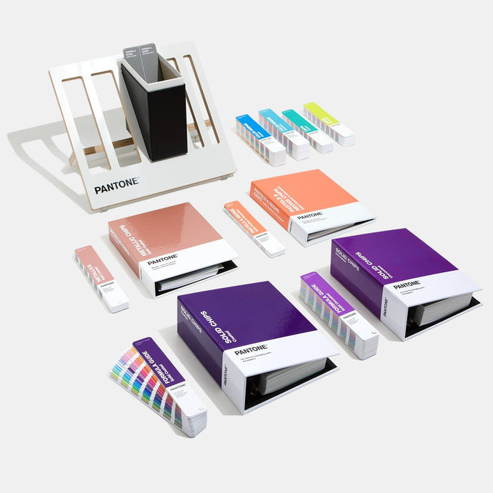 Pantone Reference Library Complete GPC305A detailed product display image