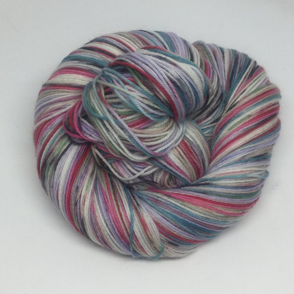 ZomBodys Late Self Striping Yarn