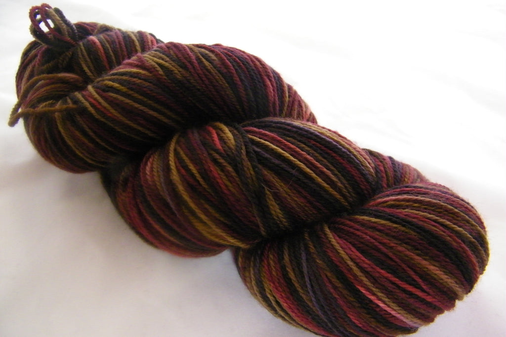 Fall Fashion Three Stripe Self Striping Yarn