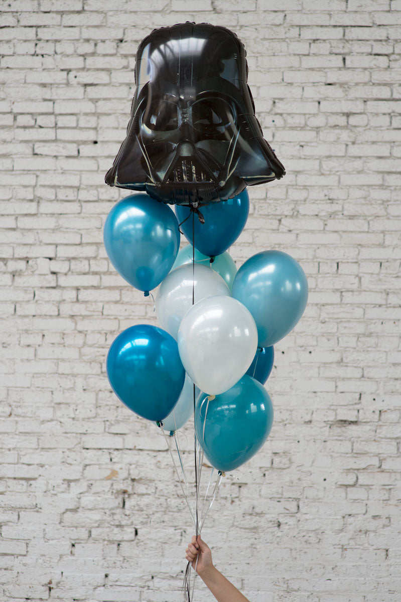 darth vader foil balloon bouquet